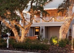 Best Holiday Lighting: Wilt residence, 107 Island Dr.