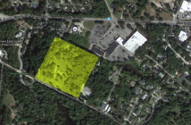 The highlighted area shows the lots the SSG-1 LLC company is asking the city to rezone to UMX. Image source: Google Maps.